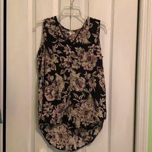 Beautiful sleeveless dress Blouse